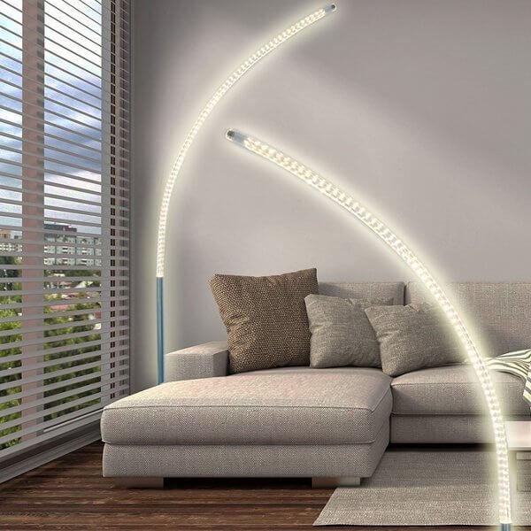 LED-Stehleuchte-gebogen