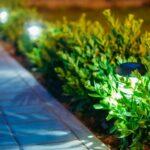 Wie funktioniert eine Solargartenlampe?